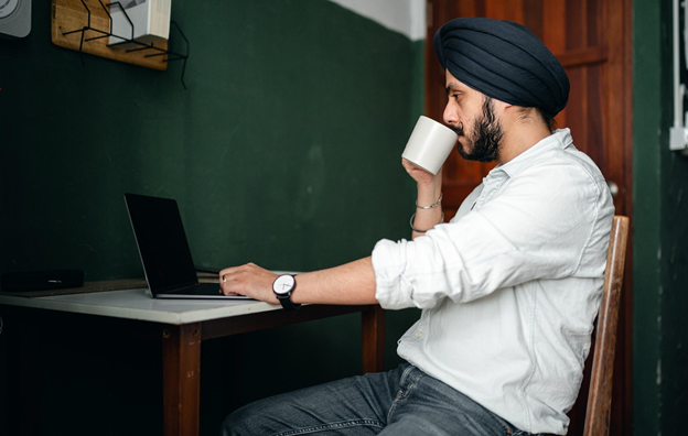 Start Your Business Right: A Guide for Immigrant Entrepreneurs